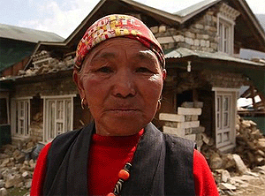 Nepalese woman after quake